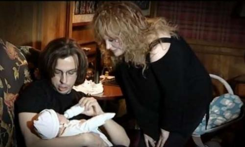 Пугачева чуть неотправилась натот свет из-за болезни сына
