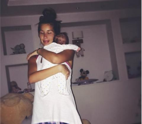 Кети Топурия устроила прелестную фотосессию для дочери
