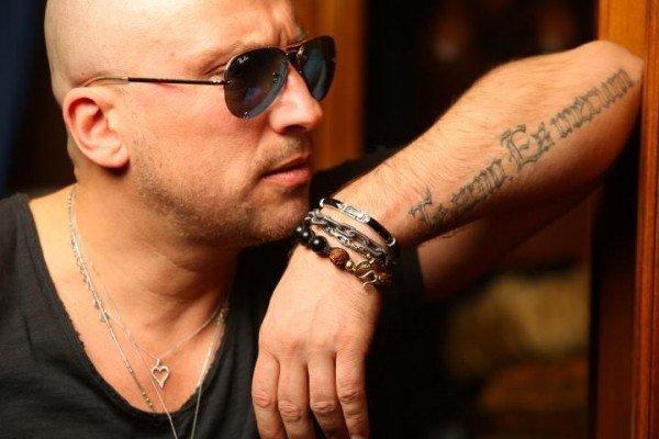 Дмитрий Нагиев порадовал поклонников короткими шортами