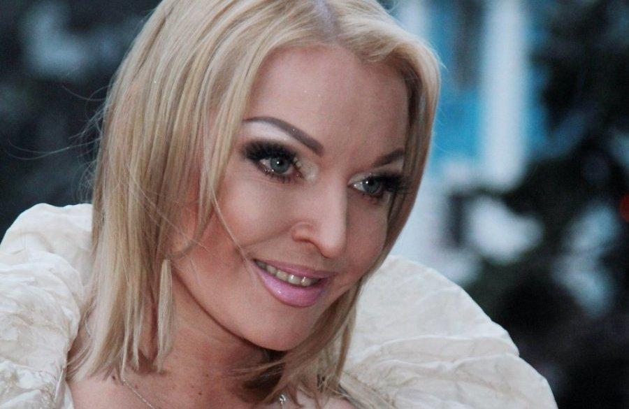Анастасия Волочкова подала всуд из-за слухов опроституции