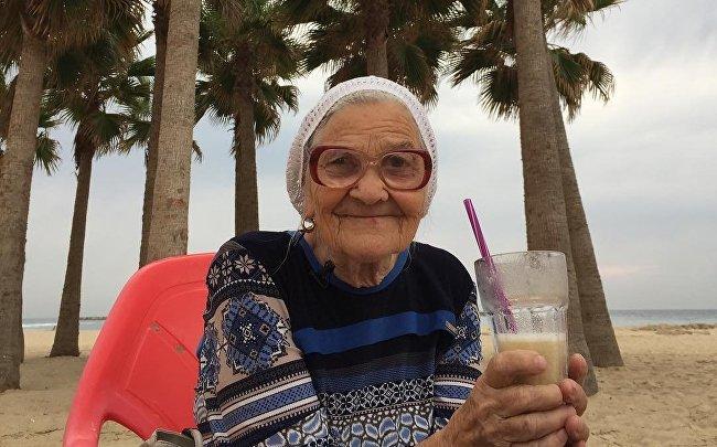 Путешествующая по миру 89-летняя красноярка стала участницей шоу «Модный приговор»