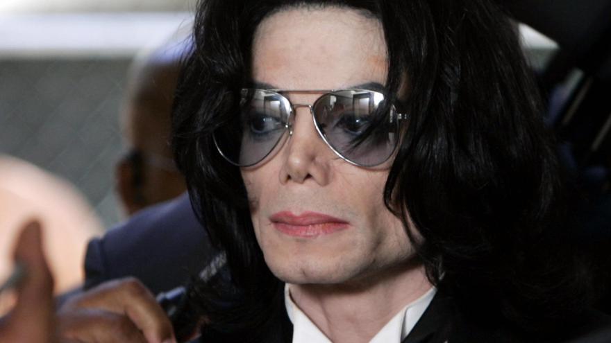 Дочь Майкла Джексона сообщила, что отец был убит