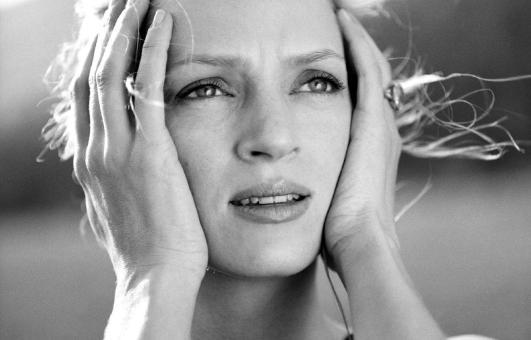 Бывший жених Умы Турман Арпад Бюссон уверяет, что у актрисы проблемы с психикой и алкоголем