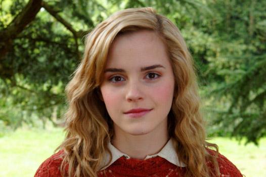 Звезда «Гарри Поттера» Эмма Уотсон впервый раз снялась обнаженной