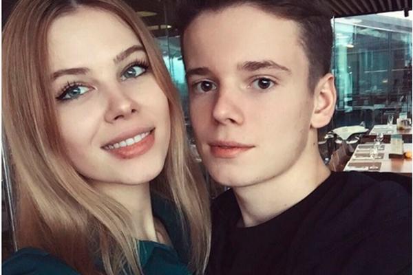 Сын Валерии показал свою новую девушку