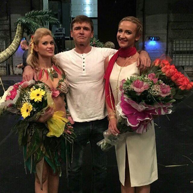 Ольга Бузова напугала актера из бандитских сериалов Игоря Лифанова, сыграв с ним в спектакле