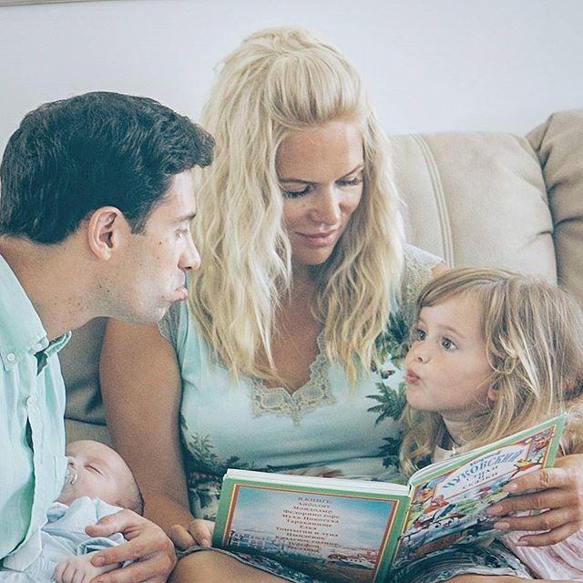 Семья макарских с ребенком фото