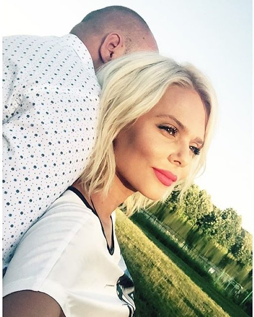Экс-солистка «Блестящих» Ксения Новикова выходит замуж за бизнесмена